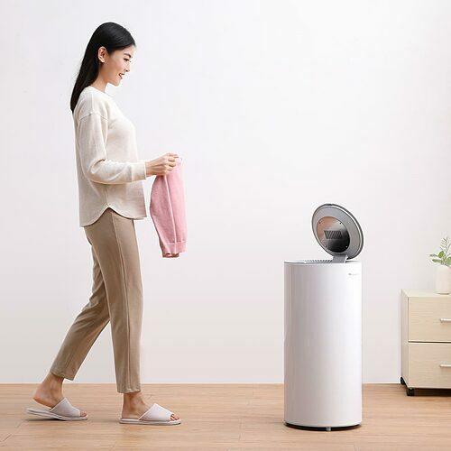 Máy giặt sấy mini nhỏ gọn nhưng phù hợp với quần áo trẻ em, mục đích dùng cá nhân.