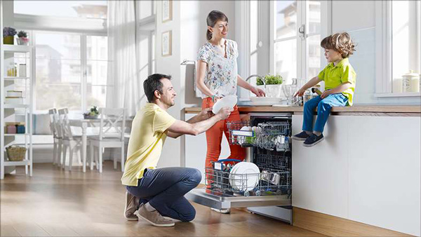 Máy rửa bát là gì? ưu nhược điểm của máy rửa bát