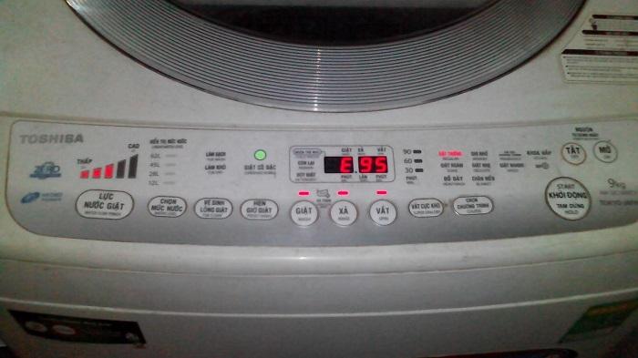 Máy giặt Toshiba Inventer D980 báo lỗi E95
